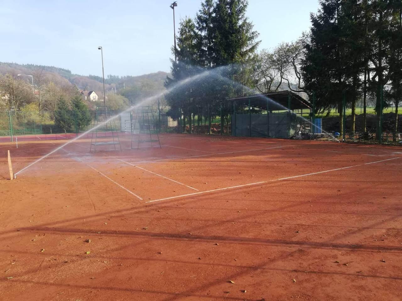 Závlaha tenisového kurtu, Vsetín